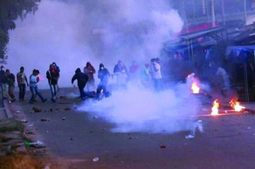Jornada violenta en Camiri acaba en desbloqueo