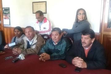 Dirigentes desautorizan a senador Aguilar de hablar a nombre del transporte