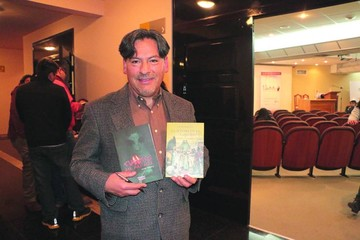 Victor Montoya presentó dos nuevas propuestas