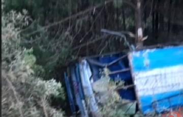 Cinco personas resultan heridas tras embarrancamiento de autobús cerca de Padilla