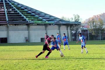 Flamengo, solo en la punta