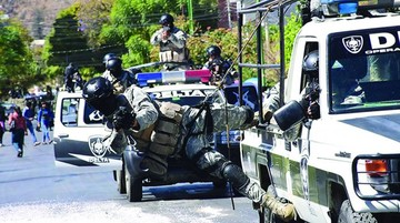 Policía mostró servicios e interactuó con personas