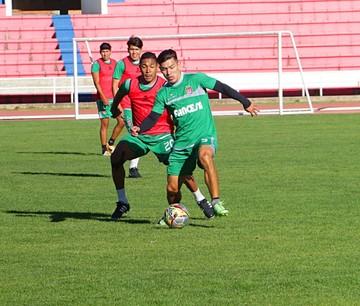 Córdoba confía otra vez en Valda y refuerza el ataque