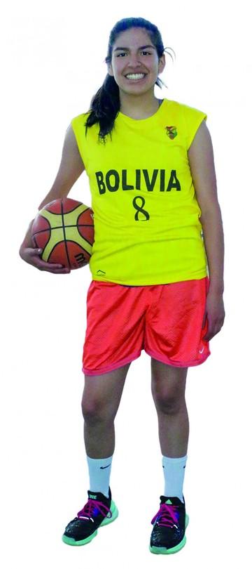 Hyran Agudo la única chuquisaqueña en la selección boliviana