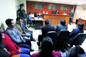 Bolivianos serán recibidos en la frontera con Chile