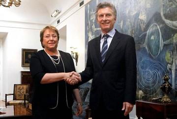 Macri viaja a Chile para avanzar acuerdos comerciales y reunirse con Bachelet