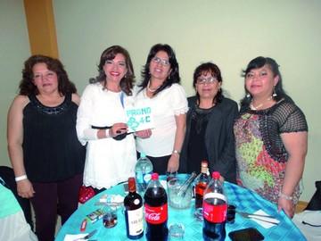 Reunión de ex promociones del Liceo María Josefa Mujía