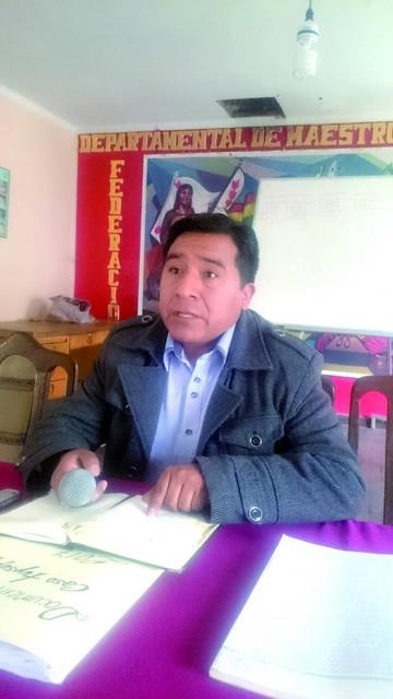 Suspenden por 60 días a maestra de Tucsupaya