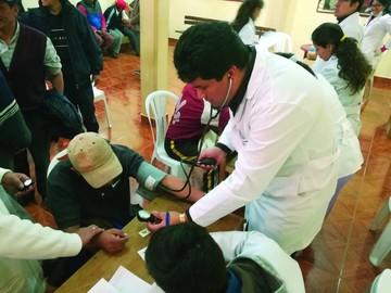 Internos de San Roque reciben atención médica