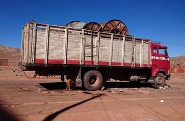 Tragedia en la carretera; chofer atropella y mata a ocho personas en Potosí
