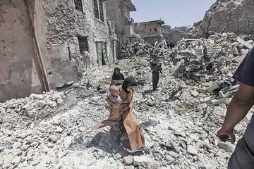 Yihadistas aún resisten en destruida ciudad de Mosul