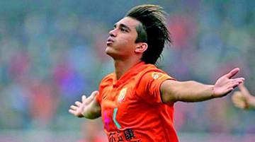 Martins otorga la victoria al Wuhan Zail
