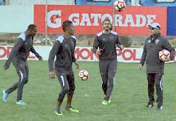 Liga alista equipo defensivo para jugar en La Paz