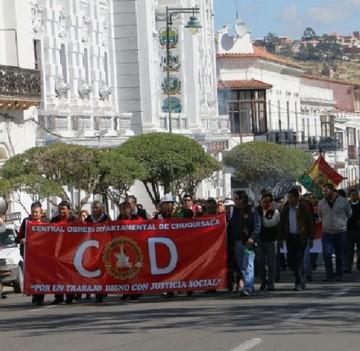 La COB protesta hoy por el alza en las tarifas de la luz