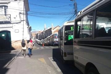 Sucre: Reordenamiento de micros queda en suspenso tras cuarto intermedio en análisis
