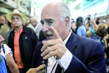 La oposición y el chavismo miden fuerzas en las urnas