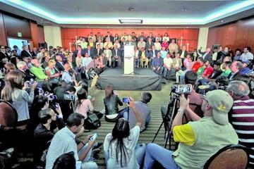 Oposición ya tiene plan para la salida de Maduro