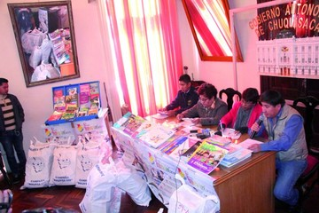 Bibliotecas comunitarias reciben libros donados