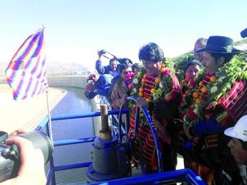Morales quiere fortalecer  riego tecnificado en el país