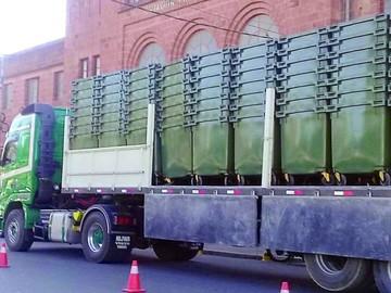 Comienza la instalación de contenedores de basura
