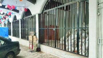 Tiendas llevan más de dos meses sin uso