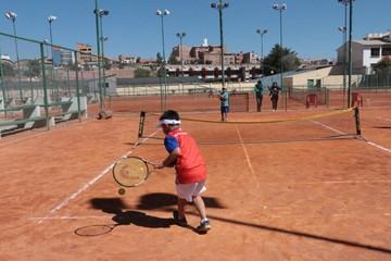 Tenistas de Sucre se alistan para campeonato infantil