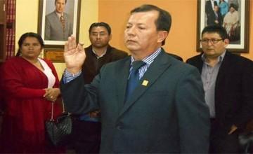 Detienen a Director de Derechos Reales denunciado por actos de corrupción