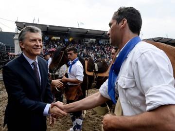 Cae más el peso argentino