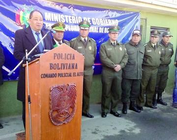 Bolivia entrega vehículo robado y Chile lo destaca