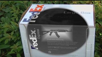 EEUU: Pareja mandaba rifles de asalto a Bolivia