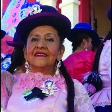 Fallece Carmen Chacón, la mujer velada en vida