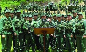 Buscan a grupo rebelde que asaltó un cuartel militar