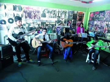Escuela Kaypi Rock, 12 años preparando a los nuevos artistas