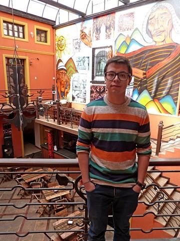 """""""Imaynalla Hostel & Resto Bar"""", en la casa Gorena, a pasos de plaza 25 de Mayo"""