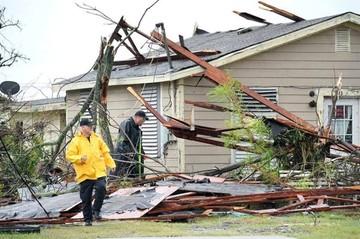 Huracán Harvey deja al menos una víctima mortal a su paso por Texas