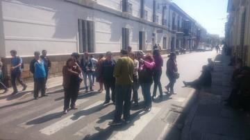 Colegio Mujía consigue compromiso tras bloqueo