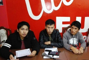 Universitarios de San Francisco Xavier rechazan incremento salarial de docentes