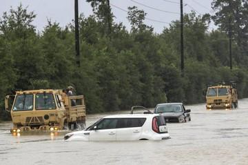EEUU: Harvey amenaza con sembrar caos en Luisiana tras devastar Texas