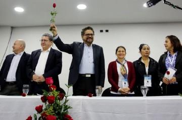 Las FARC ya son partido y apelan a clase popular