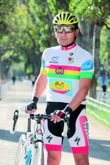 Josué Bolaños quiere dejar huella en el ciclismo de pista