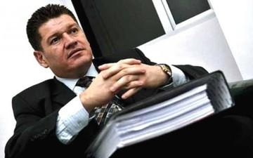 Extraditan desde Colombia a ex juez boliviano implicado en red de extorsión