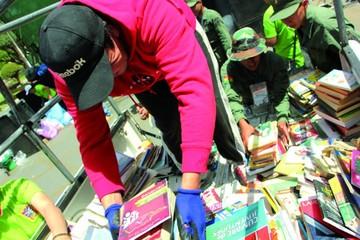 Recolectaron libros para bibliotecas