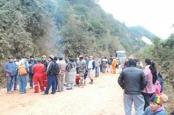 Pobladores de Muyupampa bloquean carretera por deterioro de tramo