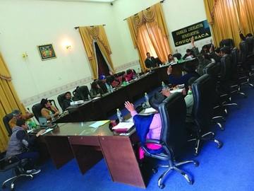 Asamblea: El MAS olvida la división y aprueba el POA 2018