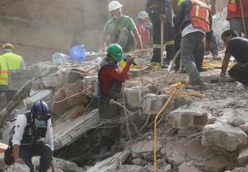 Crece lista de fallecidos por sismo en México; suman 138