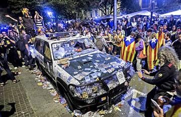 Cataluña irá a consulta pese a las presiones