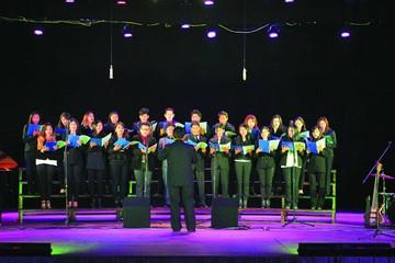Coros de Bolivia culminan su paseo musical