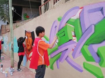 Arte urbano confluye a la juventud en las calles