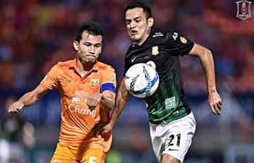 Jhasmani Campos vuelve a marcar en Tailandia