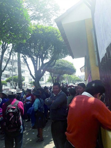Cerraron ambientes de Educación por protesta